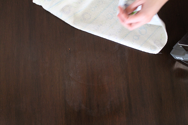How to remove water stains from wood - chemical-free!