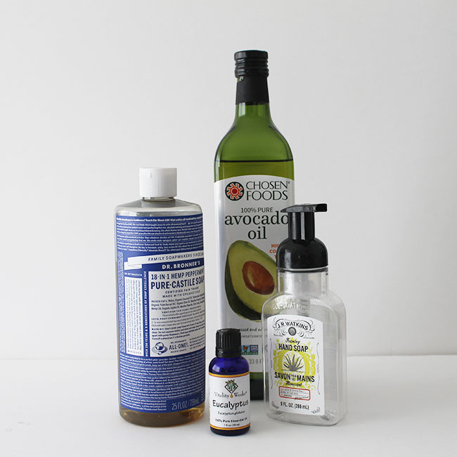 Foaming hand soap refill recipe using just three, natural ingredients.